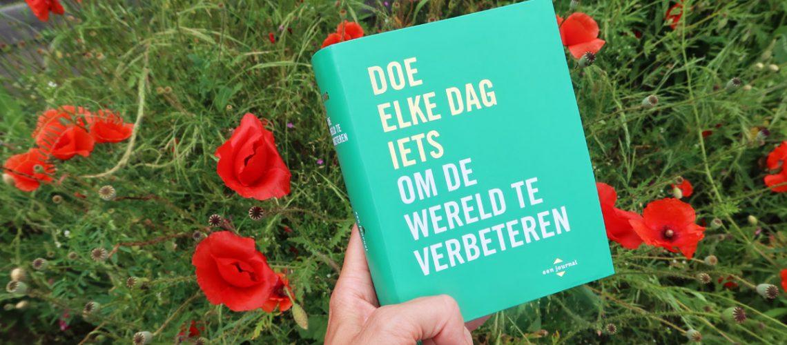 Doe elke dag iets om de wereld te verbeteren - een journal - boek review
